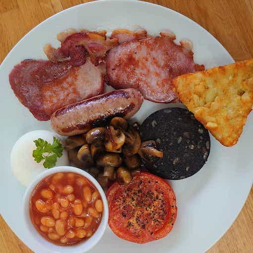 Breakfast at the old dairy lympstone